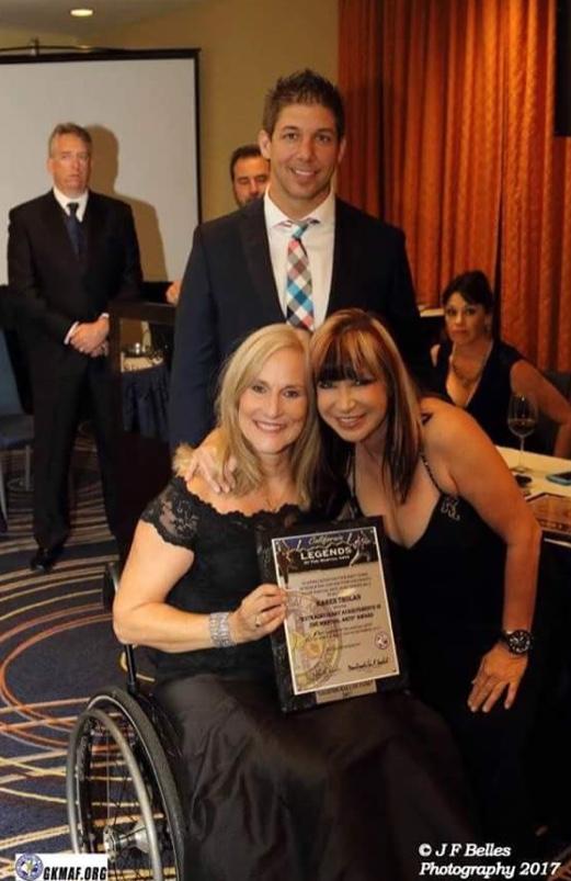 Award w Cynthia