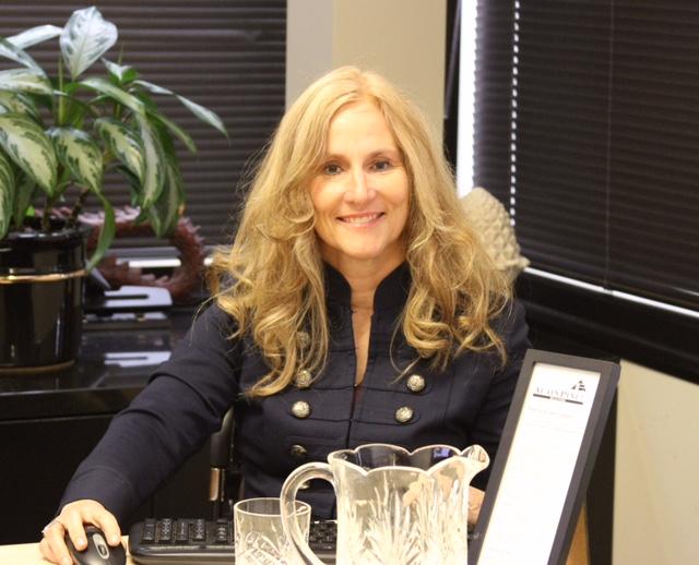 KT in APR office